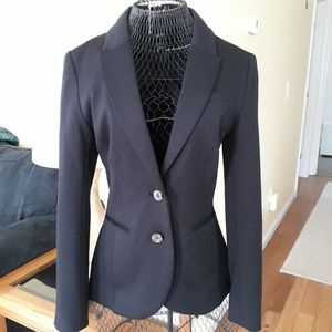 H&M LIKE NEW Black Fitted 2 Button Blazer Pockets